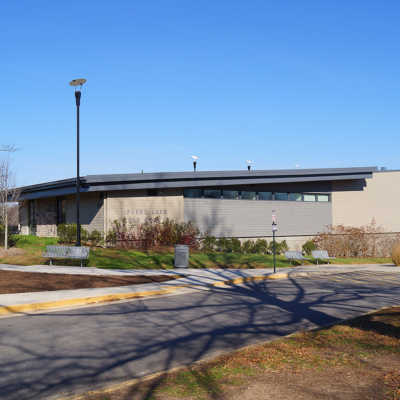Featured image for Burke Lake Park Golf Clubhouse